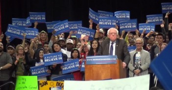 Bernie Sanders draws College Students to San Diego Convention Center